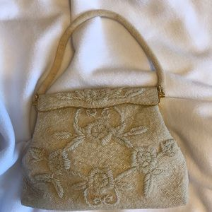 Vintage - Chic 1950s off white beaded purse